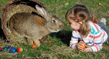Famiglia felice Pasqua