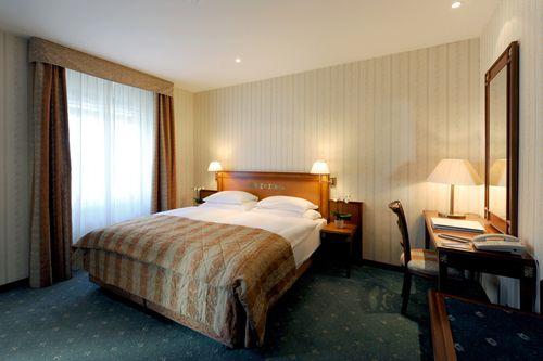 S jour au meilleur prix montreux r servez golf hotel ren capt montreux - Chambre double standard ...