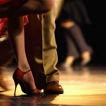 Feel the Rhythm - Dance right through your holiday!
