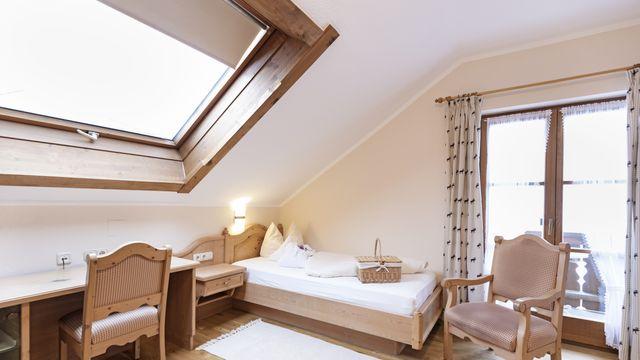 Komfort-Einzelzimmer Holunder mit Balkon