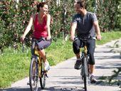 Dolce Vita für Genussradler durch die frühlingshaften Obstgärten