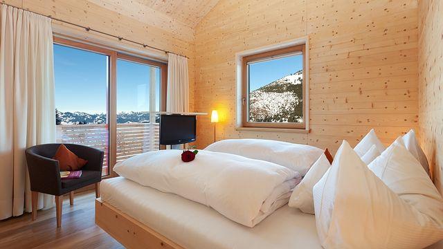 Große Suite  Holz100