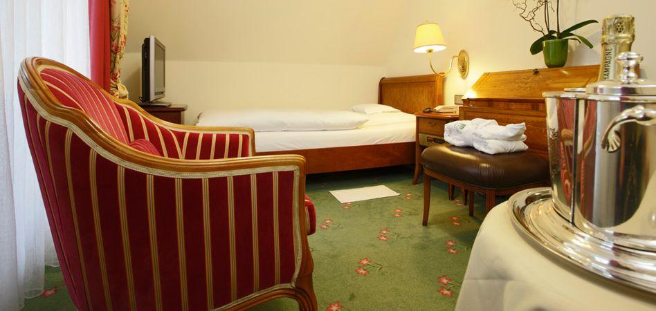 "Single Room ""Mathisleweiher A"" 1/3"