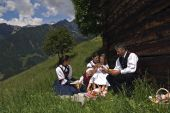 An Alpine hut for yourself, including hearty Alpine picnic and transfer