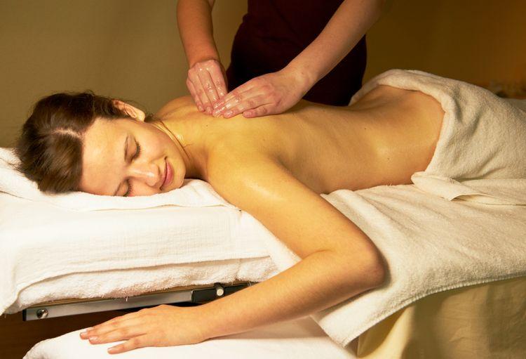 Rücken-Nackenmassage