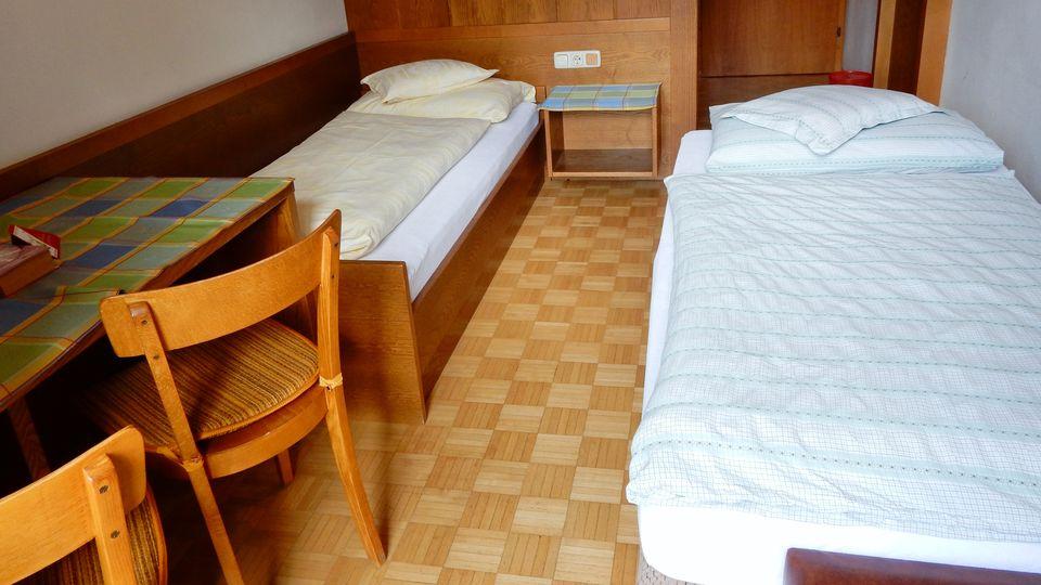 Einbettzimmer mit Zusatzbett