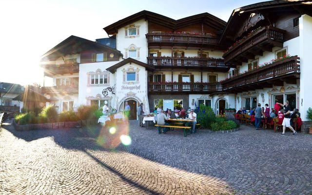 Biohotel Steineggerhof: Hoteleingang